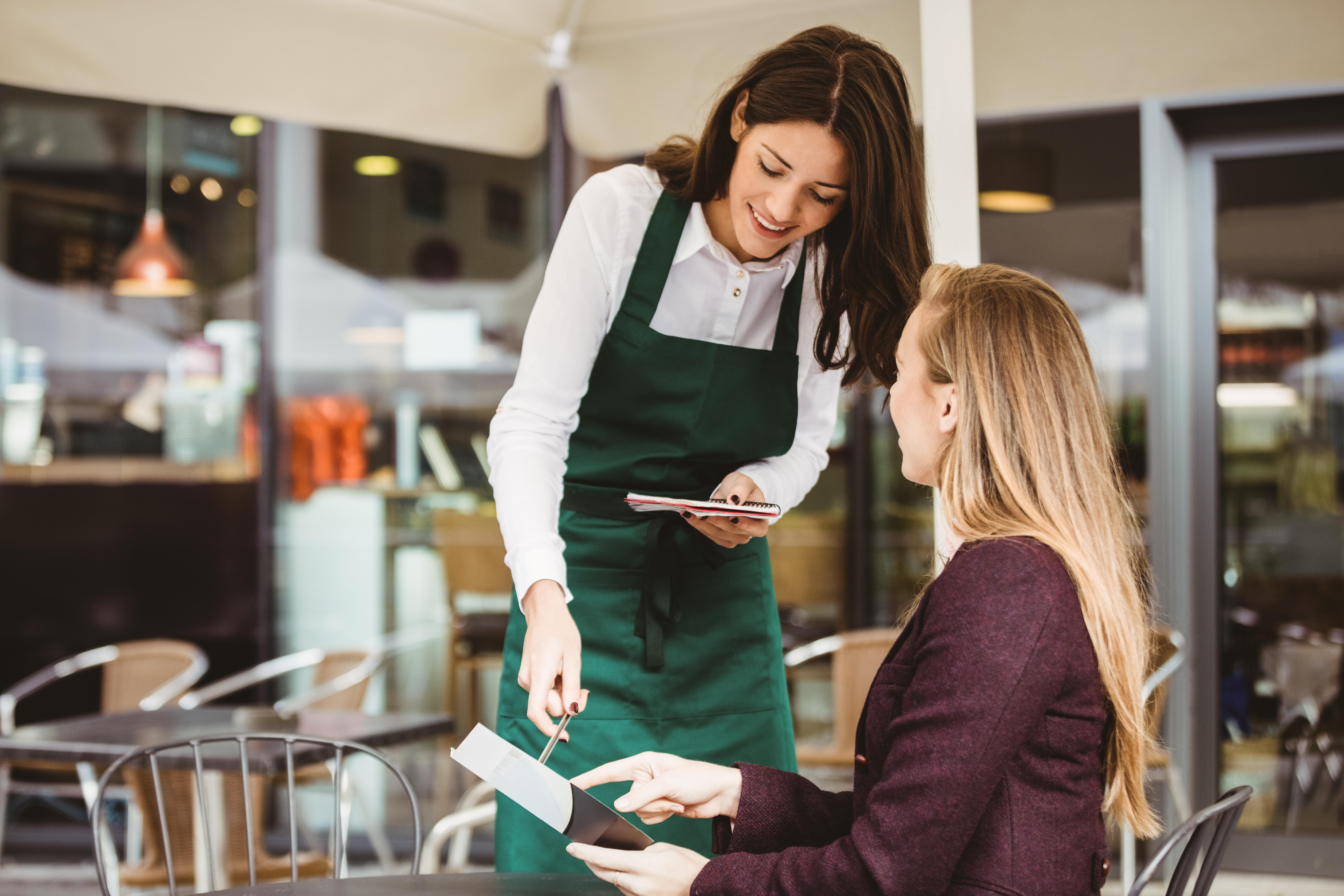 Tips for using restaurant checklists to improve daily performance.jpeg